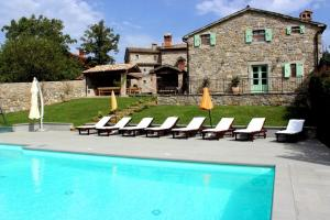 Photo of Holiday Home In Buzet With Eight Bedrooms 1