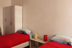 Single Bed in 2-Bed Dormitory Room