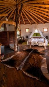 King Tree-House Suite with Spa Bath: Pequen