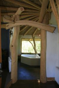 King Tree-House Suite with Spa Bath: Choroy