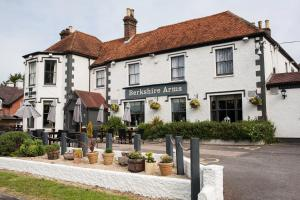 Photo of Berkshire Arms By Good Night Inns