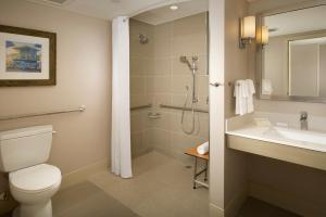 King Room - Hearing Accessible with Roll in Shower