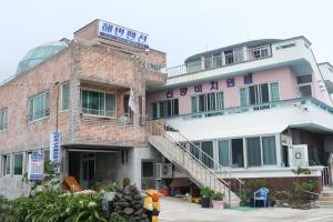 Photo of Shinyang Beach Pension