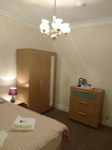 Acton Lodge Guest House in London, Greater London, England