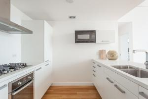 4 High-End 1-Bedroom Suite 8 (with air mattress on request)