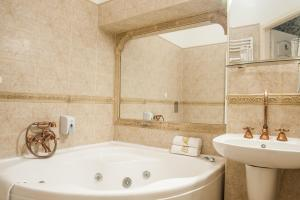 Deluxe Double with Spa Bath