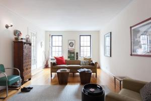 Two-Bedroom Apartment - 7th Avenue III