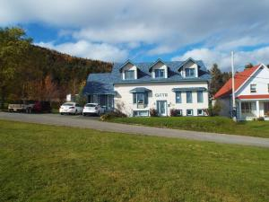 Photo of Gîte à L'abri Du Vent Bed And Breakfast