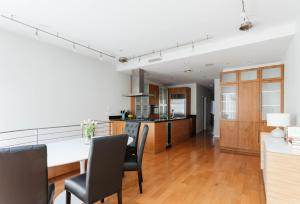 Four-Bedroom Apartment - Park Avenue Townhouse II