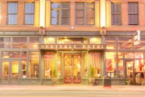 Photo of Montvale Hotel
