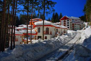 Photo of Forest Glade Aparthotel & Villas