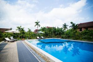 Photo of Hue Riverside Boutique Resort & Spa