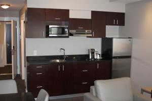 Deluxe Junior Suite with Kitchenette