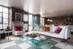 onefinestay - London Bridge Apartments in London, Greater London, England