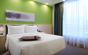 Отель Hampton by Hilton Minsk City Centre