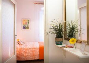 Apartment Teresa's Flowers in Piramide, Rome