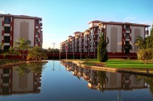 Photo of Lakeside Esuites Brasília