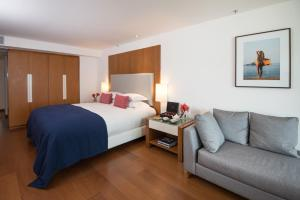 Junior Suite mit Queensize-Bett und Meerblick