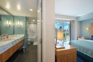 One-Bedroom Apartment Ocean View on the 15th floor