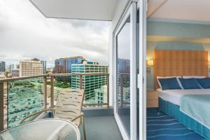 One-Bedroom Apartment Ocean View on the 19th floor