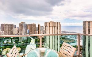 Two-Bedroom Premier Suite on the 33rd floor (5 adults)