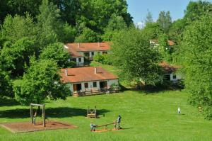 Vallee de Rabais, Holiday parks  Virton - big - 39