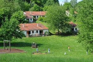 Vallee de Rabais, Holiday parks  Virton - big - 31