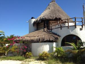 Photo of Casa De Los Angeles By Villas Geminis Tulum