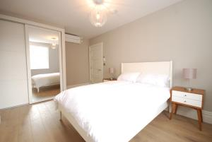 Valet Apartments Whitehall in London, Greater London, England