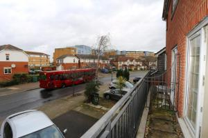 Photo of Exclusive 3 Bed House London