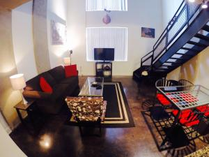Downtown -  DC Loft 905