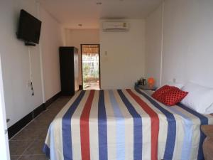 Photo of Almost Famous Guest House