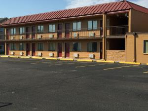 Photo of America's Best Value Inn & Suites Grand Island