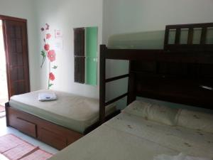 Quadruple Room with Private Bathroom Cedro