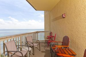 GB - Two-Bedroom Bay-view Condo sleeps 6