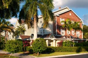 Photo of Towne Place Suites Miami Lakes
