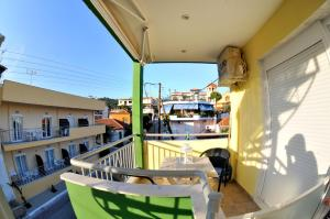 House Stella, Apartments  Sarti - big - 61