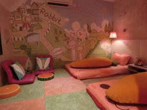 Cartoon Room without window