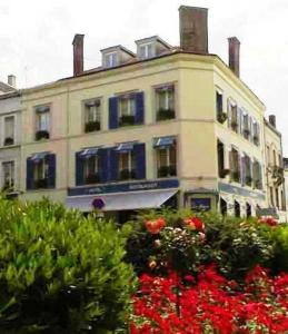 Photo of Hôtel De La Cloche