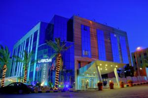 Photo of Larsa Hotel
