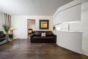 Canada Suites on Bay, Apartmanok  Toronto - big - 64