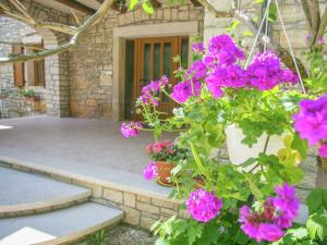 Holiday home Kuca Za Odmor Mendula, Villák  Tinjan - big - 31