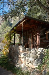 King Cottage (3 Adults)