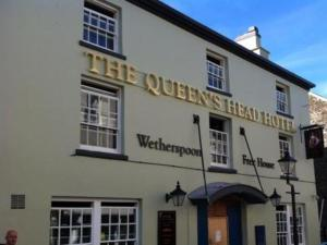 The Queen's Head in Tavistock, Devon, England