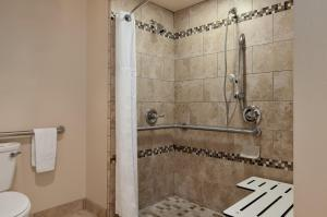 Classic Room - 2 Double Beds - Accessible
