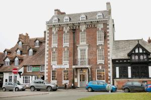 The Castle Hotel in Ruthin, Denbighshire, Wales