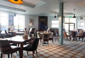 The Saxon Crown Wetherspoon, Hotely  Corby - big - 33