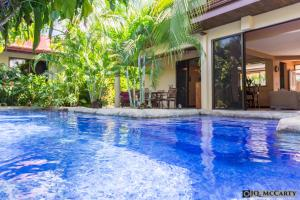 Jaco Beach - Four-Bedroom House with Private Pool