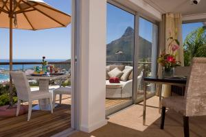 Deluxe Suite with Private Terrace and Sea View - Penthouse Suite