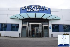 Photo of Hotel Puerta De Alcalá